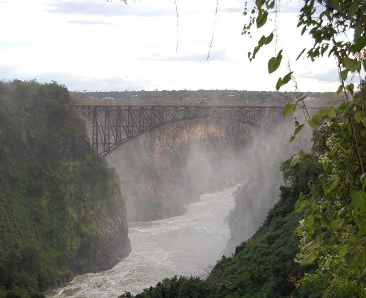 Delta-chobe-falls1