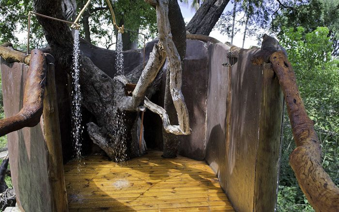 Tubu-tree-camp-shower