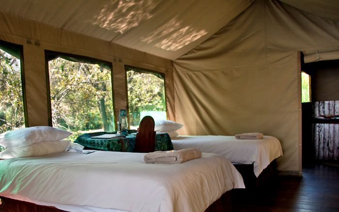 Xaro-lodge-inside-tent