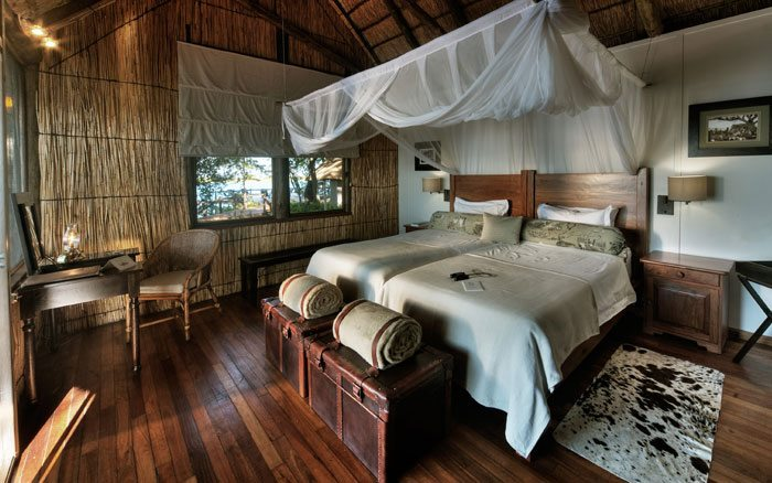 Xugana-I-lodge-bedroom