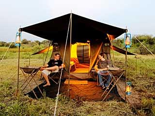 letaka-tent-outside