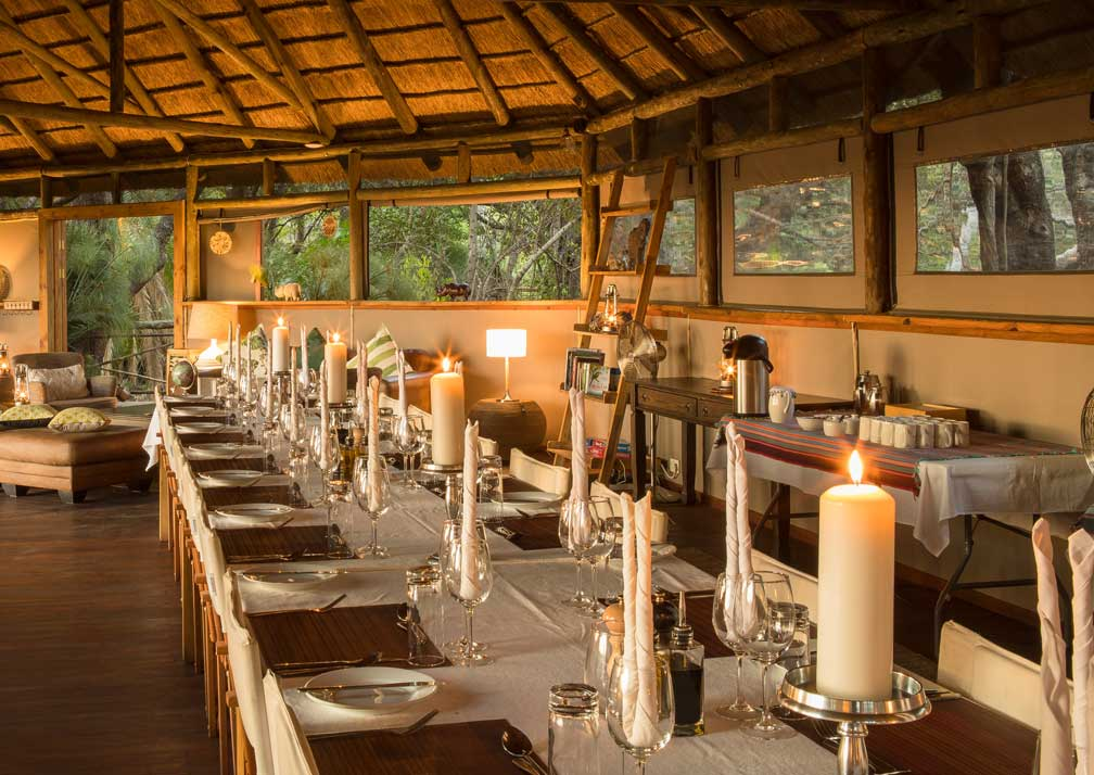 Dining table at Setari Camp