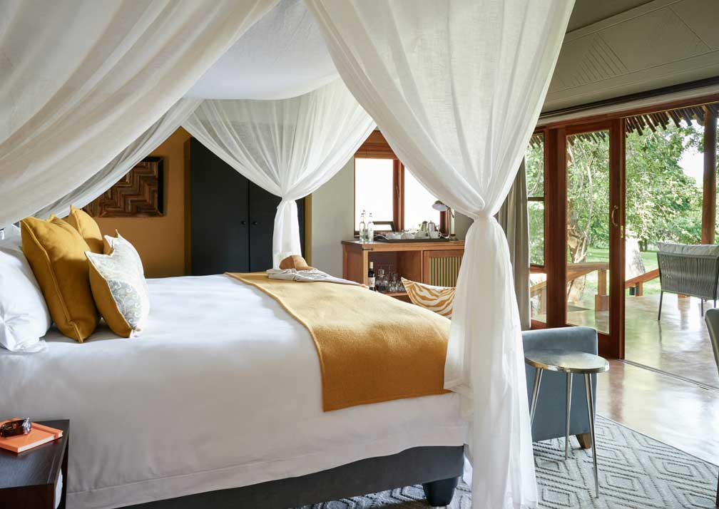 Sanctuary Chobe Chilwero luxury suite interiior