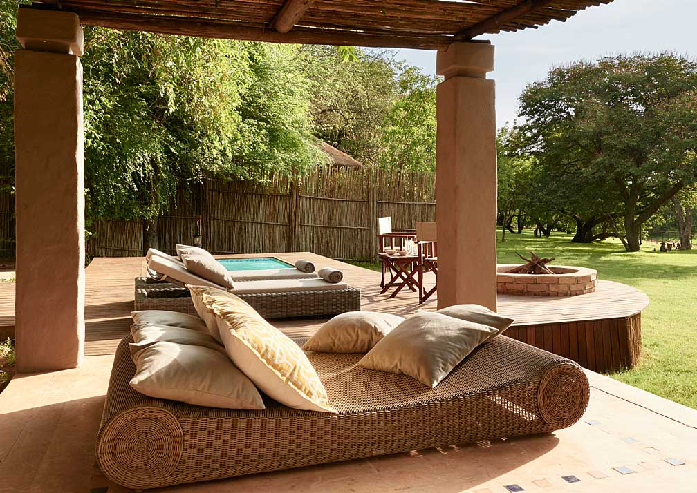 Sanctuary Chobe Chilwero poolside