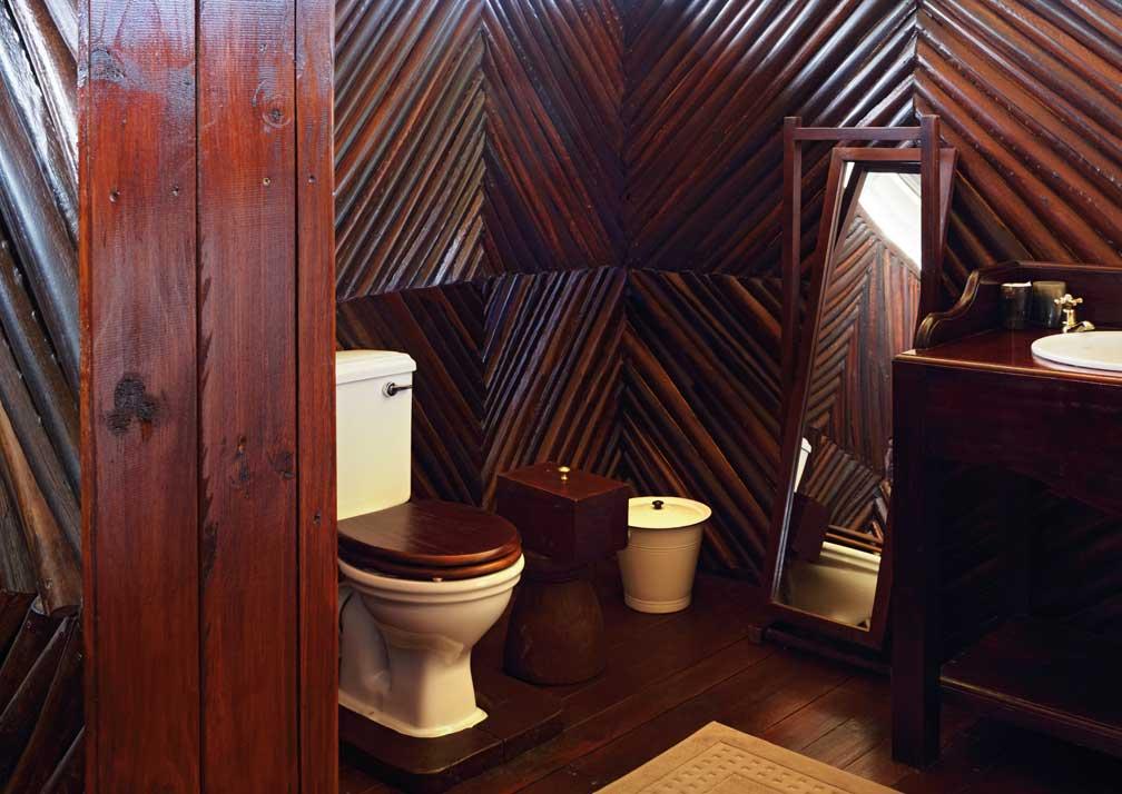 Camp Kalahari bathroom