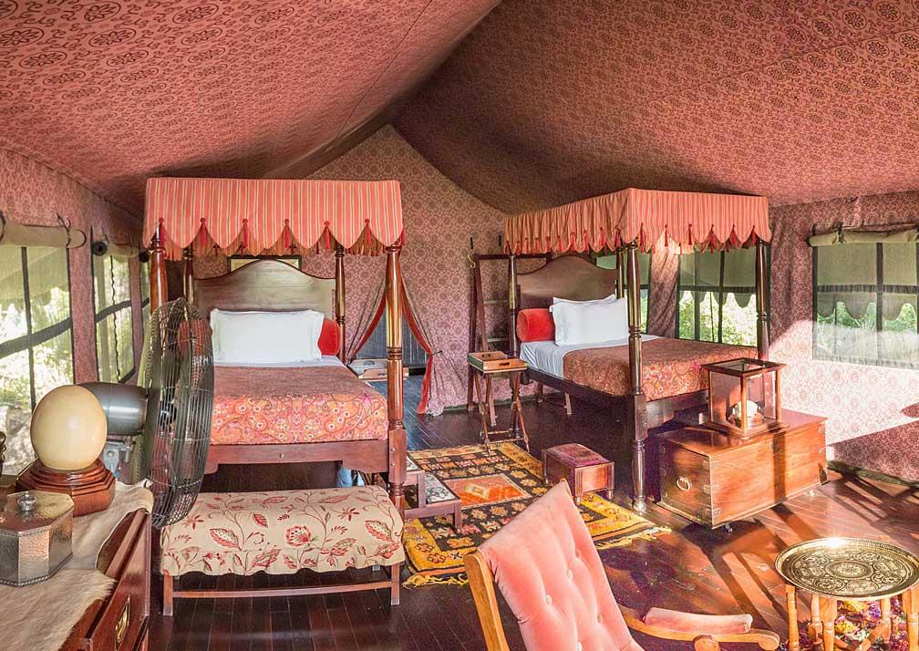 Jack's Camp twin bedroom