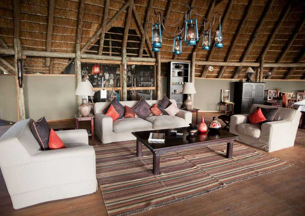 Pom Pom Camp indoor lounge