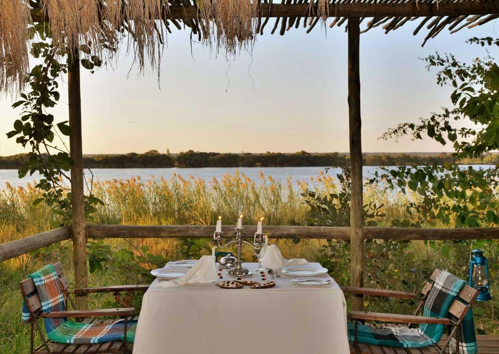 Chobe Bakwena Lodge veranda dining area