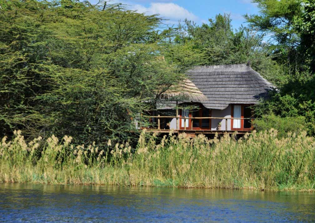 Chobe Bakwena Lodge river chalet exterior