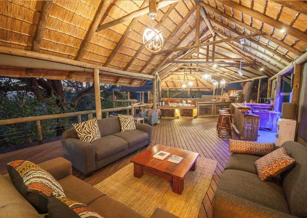 Rra Dinare sheltered lounge