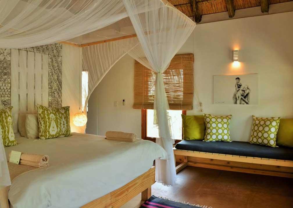 Chobe Bakwena Lodge treetop bedroom