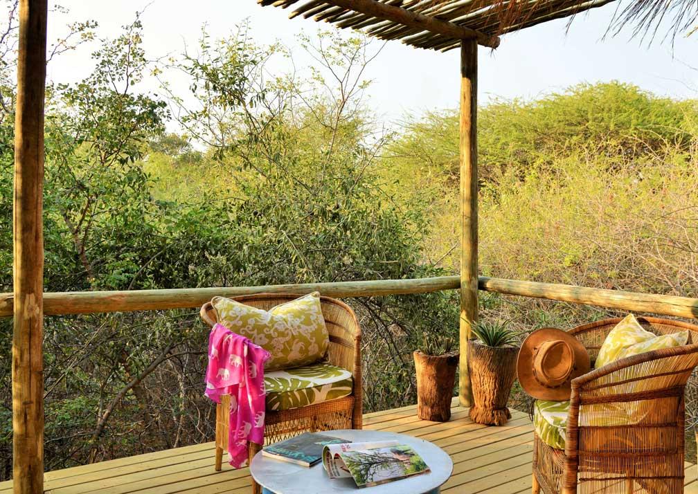 Chobe Bakwena Lodge treetop balcony