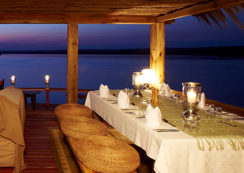 dinner at tongabezi