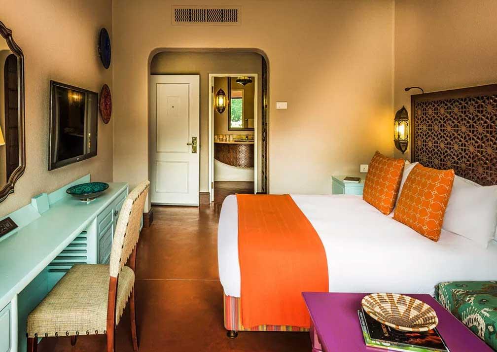 Avanri Victoria Falls resort room