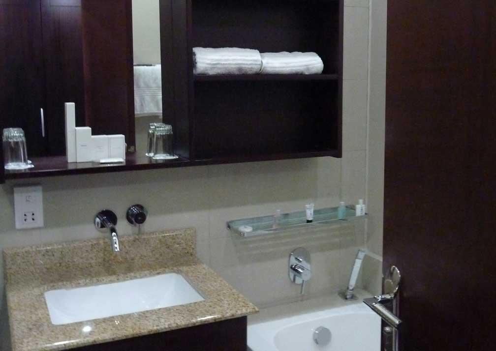 A'Zambezi River Lodge Bathroom