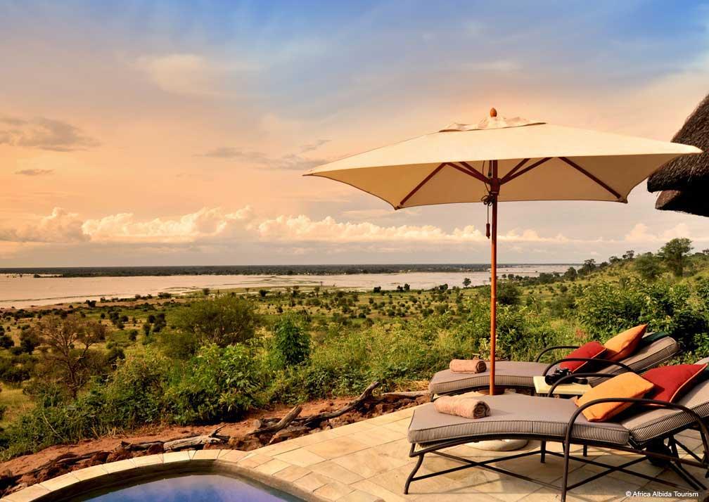 Ngoma Safari Lodge poolside
