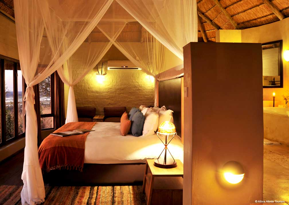 Ngoma Safari Lodge bedroom