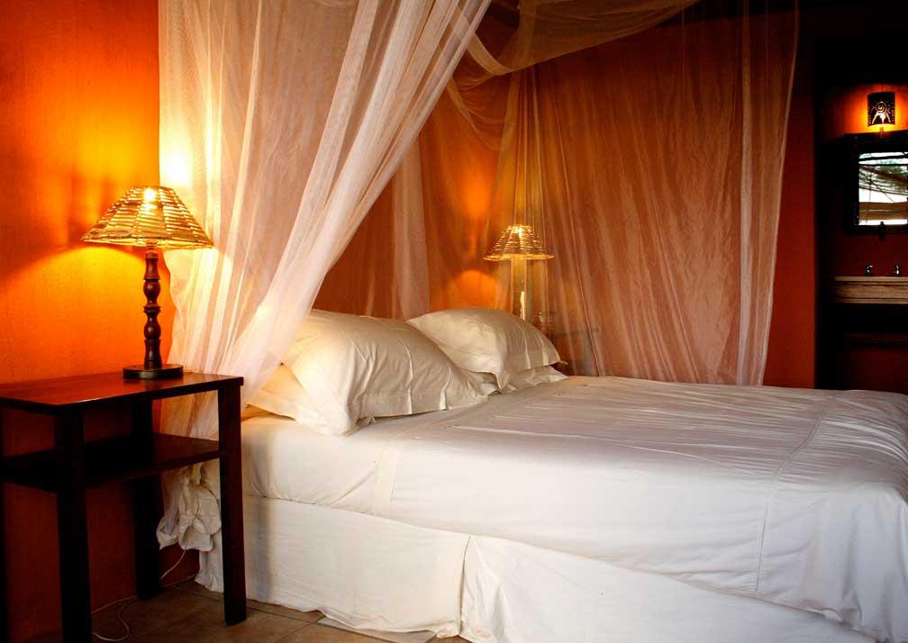 Nxamaseri Island Lodge bed